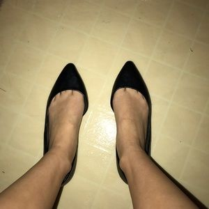 Woman's pointed flats